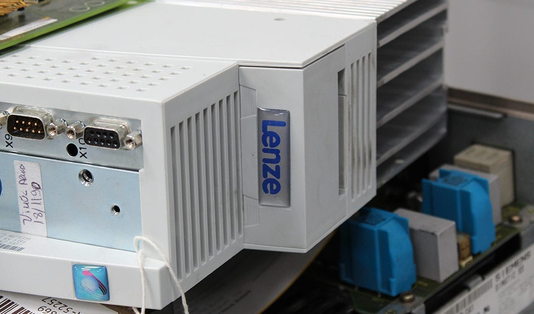 Lenze 9300 End-of-Life